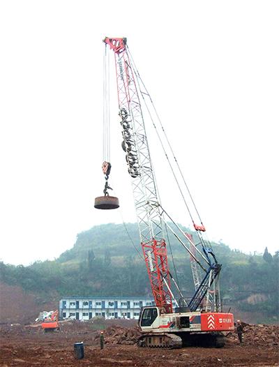 中联重科ZTM300履带式起重机